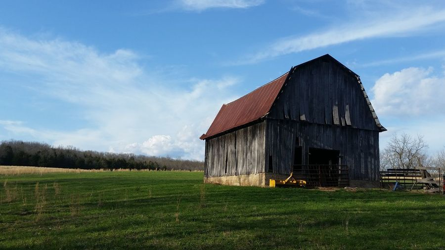 Missouri Ozarks United States Barn Agriculture Rural Scene Rustic Sky Architecture Grass Building Exterior Built Structure Farmland Deterioration Agricultural Building Run-down Peeling Off Weathered