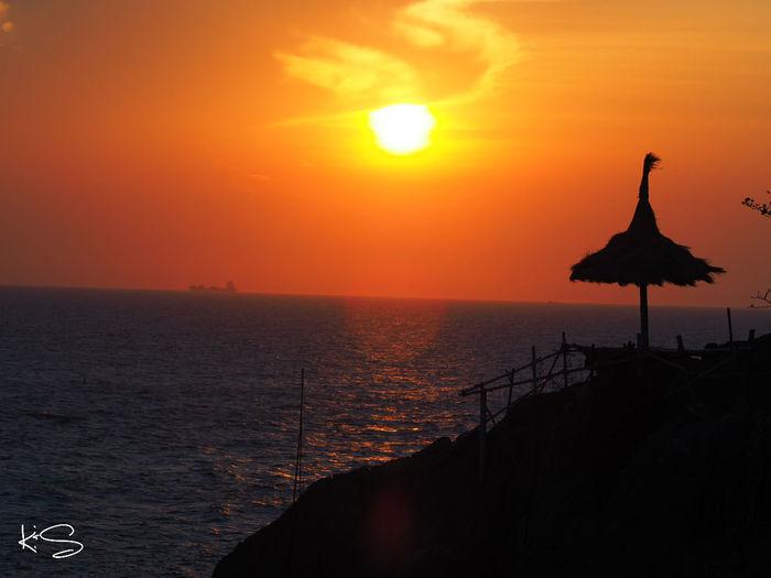 คิดถึง Taking Photos Enjoying Life เกาะสีชังHello World Walking Around Holiday Thailand YesterdayRelaxing Sunset ปารีฮัท
