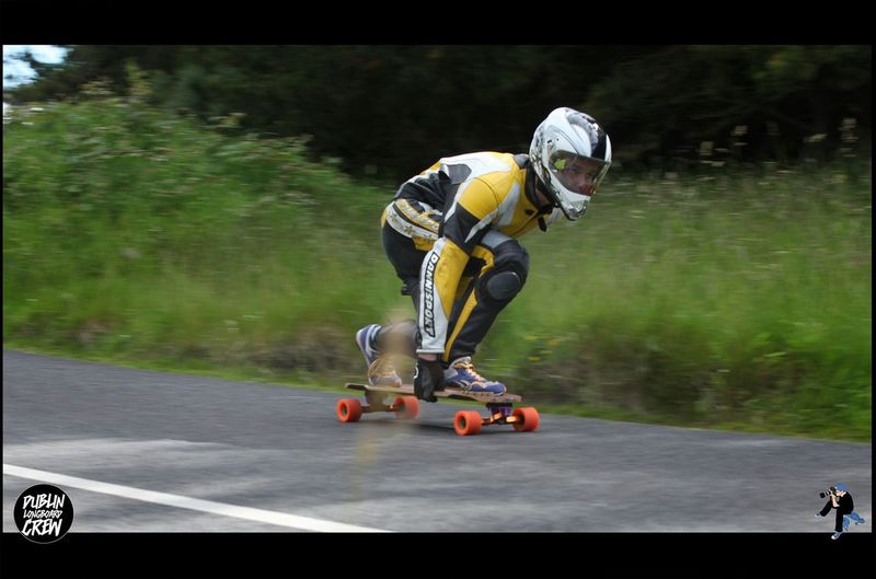 Myself bombing down Dublin Mountains in Ireland :D love all the skate spots there <3 Longboarding Downhill Skateboarding Speed Extreme Sports Orangatangkegel Orangatang Wheels Kuya Longboards Surf Rodz Viciousgriptape