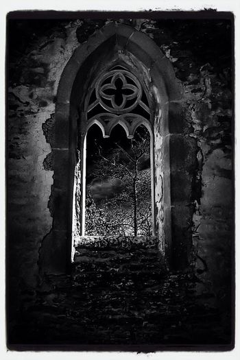 If a window of opportunity appears, don't pull down the shade... Ruins Black & White Monochrome Silent Night