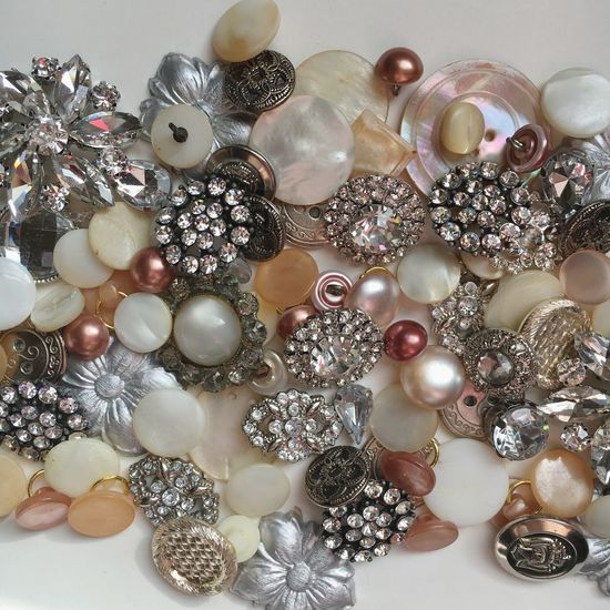 Shiny vintage buttons Vintage Buttons Crafting Pearlescent Rhinestone