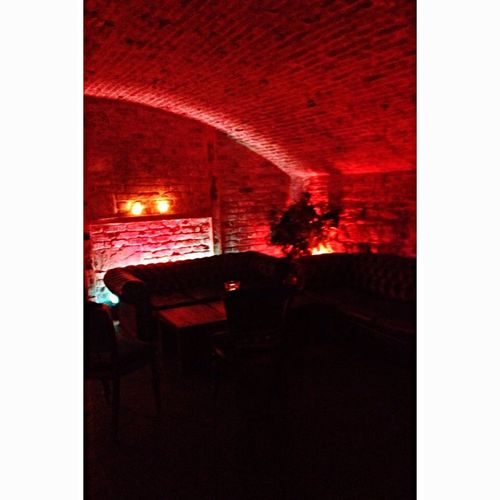 The caves venue