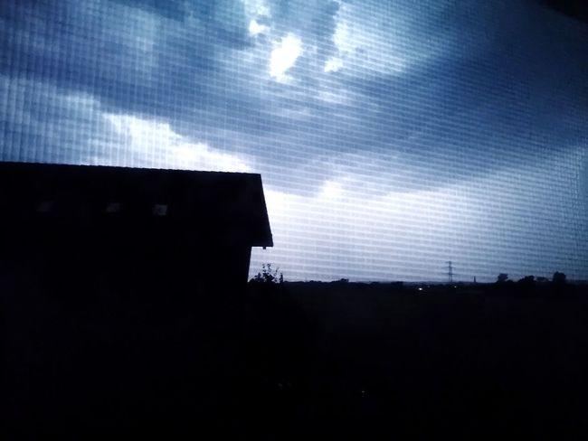 Da Wird Die Nacht Zum Tage! No People Sky Night Outdoors Cloud - Sky Window Dramatic Sky Gewitterwolken ThunderStorm⚡ Lightning Flash In Sky Lightning Behind Clouds Lightning The Night Blitzlicht