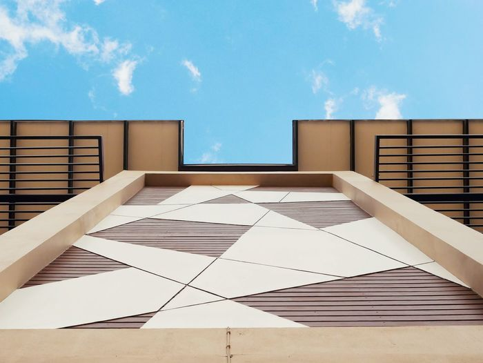 Looking up to the sky in front of a modern house House Modern House Sky Sky And Clouds Blue Blue Sky Modern Home Showcase Interior Domestic Room Wood - Material Home Interior Architecture Sky Built Structure Wood Paneling Penthouse Hardwood Wood Grain Detached House Home Improvement Holiday Villa