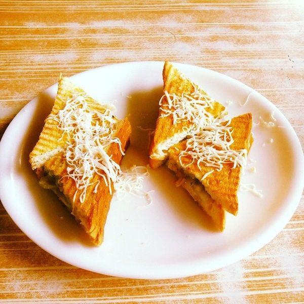 Morningtime Breakfast Grilledsandwich Tasty