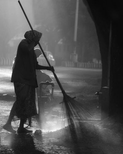 Monochrome Morning Rays Of Light Morning Photography Incredible India Sweepers