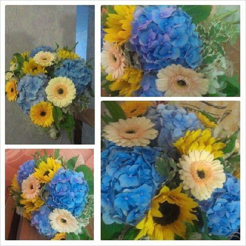 Самый лучший букет для самой лучшей мамы на свете, из самой лучшей Цветочной лавки! Flowers Happy Birthday Mom happyhappyjoyjoy цветочная_лавка