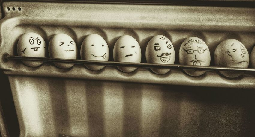 Behold my art skills!!! 😁Eggs... Egg Carton Eggs Art Eggs Things Funny Faces Funny Eggs No People Close-up Indoors  Day Refreshing :) Urbanphotography Enjoying Life