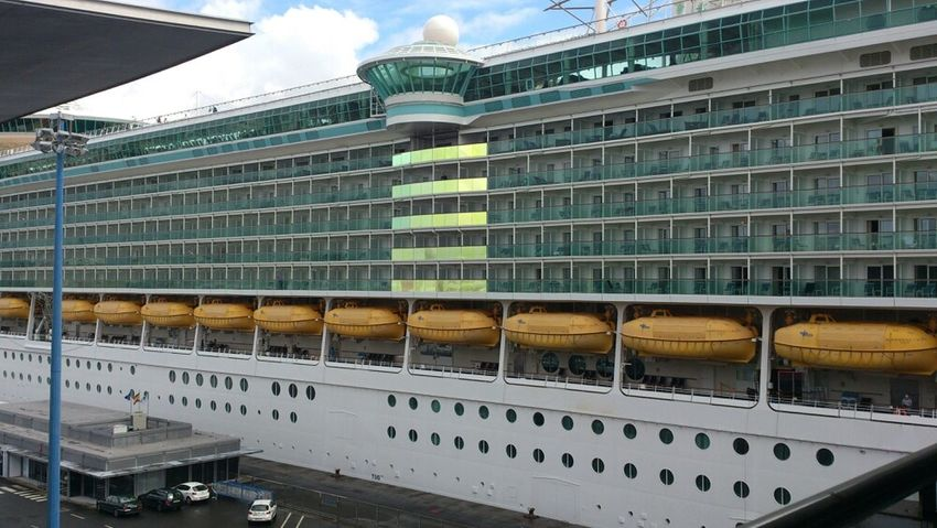 "Independence of the Seas"" 2 Relaxing Going Sailing Ship Cruise Ship"