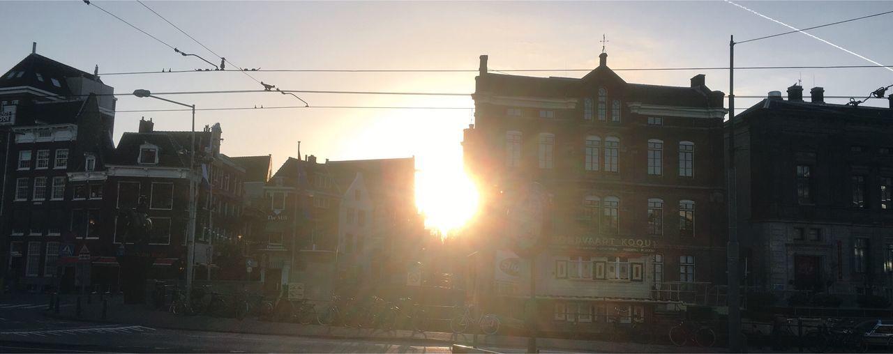 Bomdia Good Morning Nieuwezijdsvoorburgwal Amsterdam Amsterdamcity Morning Sky Morning Sun Sunrise Iamsterdam Taking Photos Alone Netherlands Holland Streetphotography Street Photography Early Morning Enjoying Life