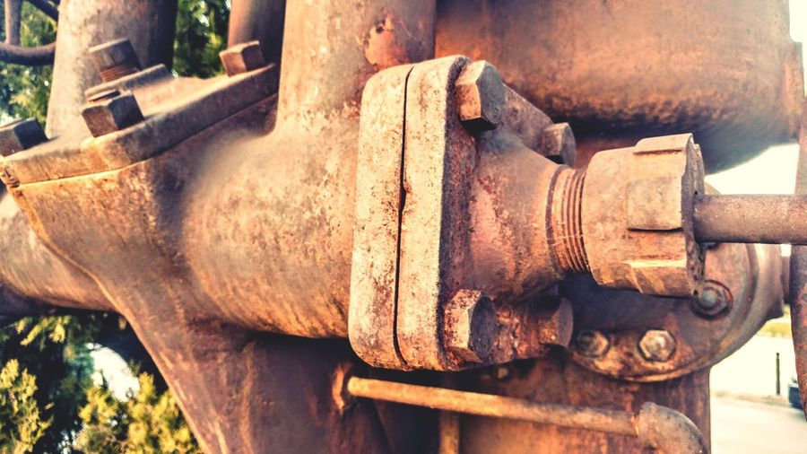 Close-up Outdoors No People Day Engine Old Engine Machine Rust Diesel Engine