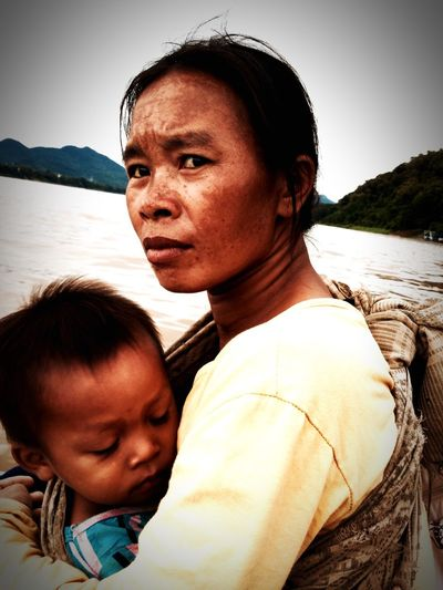 Portrait from the Mekong Mother Two People Portrait Travel Photography Laos, Lao Trip Laos 2016 Mekong River Portrait Of A Woman