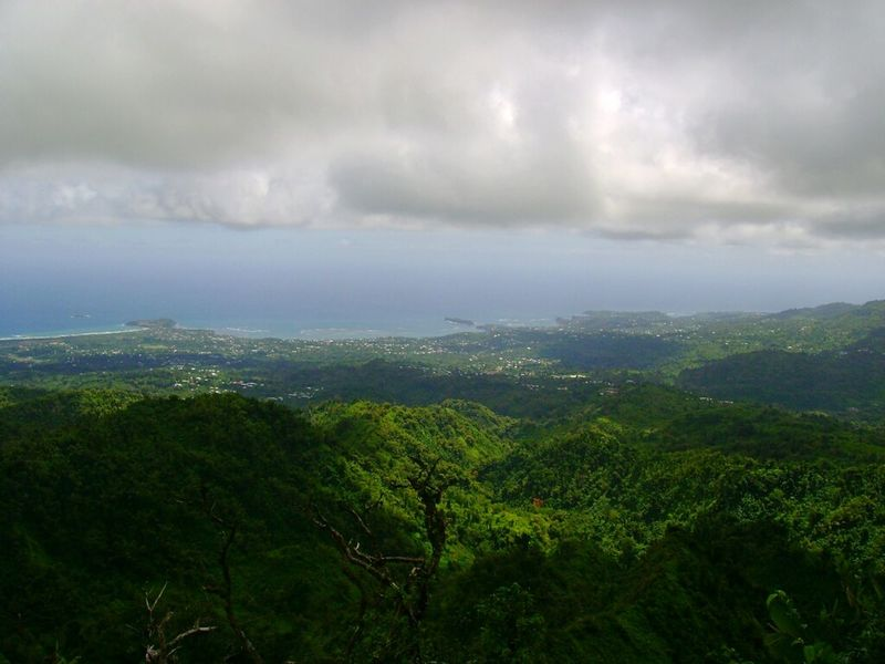 Creative Light And Shadow Ocean View Island Hiking West Indies Grenada Green Clouds Traveling