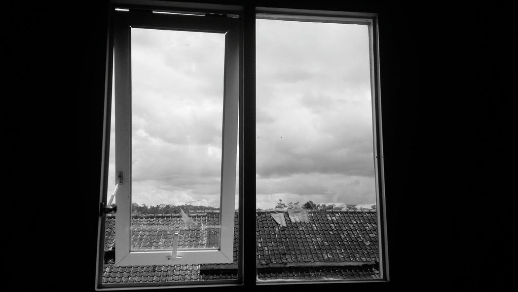 Dua sejoli Window Transparent Waiting For Taking Photos Blackandwhite Power Windows Glass - Material No People Panjalu Office