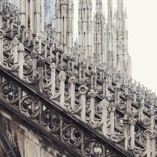 Doumo De Milano Duomo Cathedral Gothic Architecture Milano Milan Italy Building Exterior Marble Milan,Italy Milan Cathedral Religion Travel Destinations Low Angle View No People Sculpture Close-up The Architect - 2018 EyeEm Awards