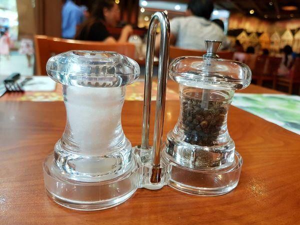 Table Food And Drink Salt Shaker No People Close-up Day Food Pepper Salt And Pepper Bottle Shaker