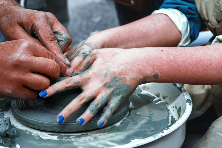 Potter's wheel Hands Working Clay Clay Work Close-up Men Modeling People Women The Week On EyeEm Molding A Shape Terracotta Palm Sculptor Pot Pottery Human Finger Finger EyeEmNewHere