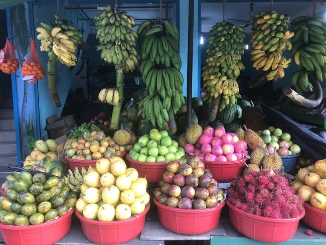 fruit pattern Variety Banana Fruit Banana For Sale Market Variation Market Stall Food Healthy Eating No People Freshness Apple - Fruit Large Group Of Objects Outdoors Food And Drink Choice Retail  Green Color Day Vegetable