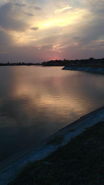 Sensofi Reflection Horizon Over Water Dramatic Sky