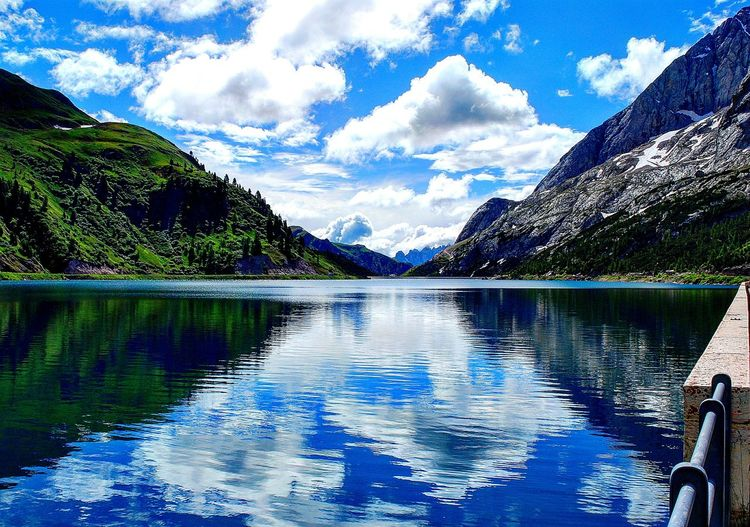 Day Reflection Sky Cloud - Sky Water Nature Beauty In Nature No People Outdoors Lake Tree Orizonte Montain  Forestphotography Marmolada Italia Mothernature Montagna Nature Photography Naturaleza Natural Beauty First Eyeem Photo