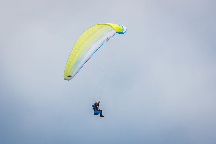 Lima Paragliding Peru Adventure Day Extreme Sports Flying Gliding Leisure Activity Low Angle View One Person Parachute Paraglider Paragliding People Real People Sky Sport Stunt Person Unrecognizable Person