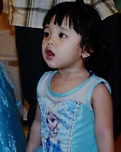 Aaaaaaaaaaaa....she got blank. Funnyface Cute Kids Cute Baby Girl Kidsphotography Canon Camera Happiness My Cousin Candid Photography Have Fun Dancing