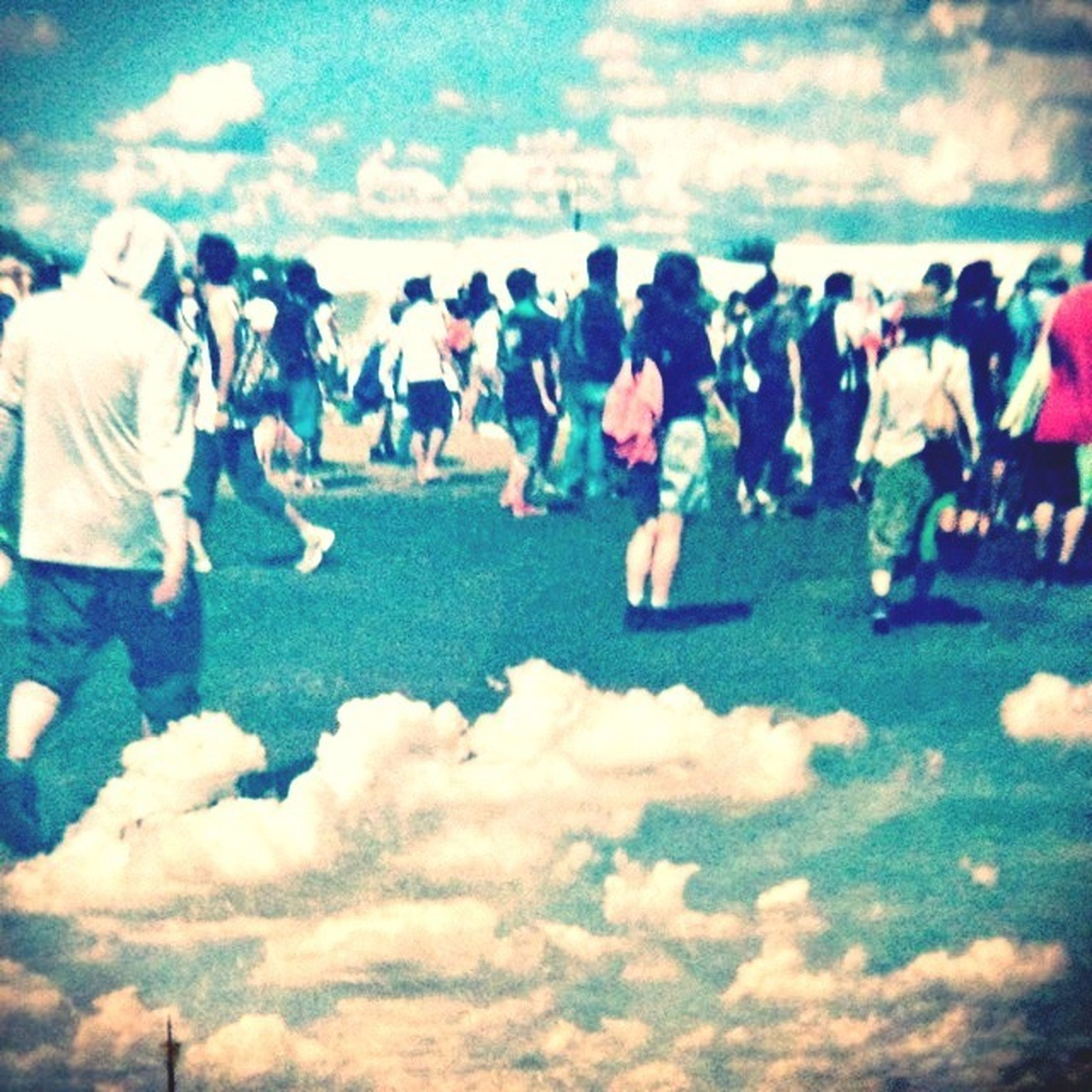 lifestyles, men, leisure activity, large group of people, person, sky, cloud - sky, togetherness, standing, casual clothing, day, outdoors, cloud, cloudy, vacations, nature, field, walking, landscape