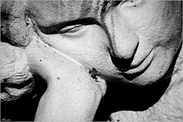 De piedra Black & White Statue Asturias Sl1000