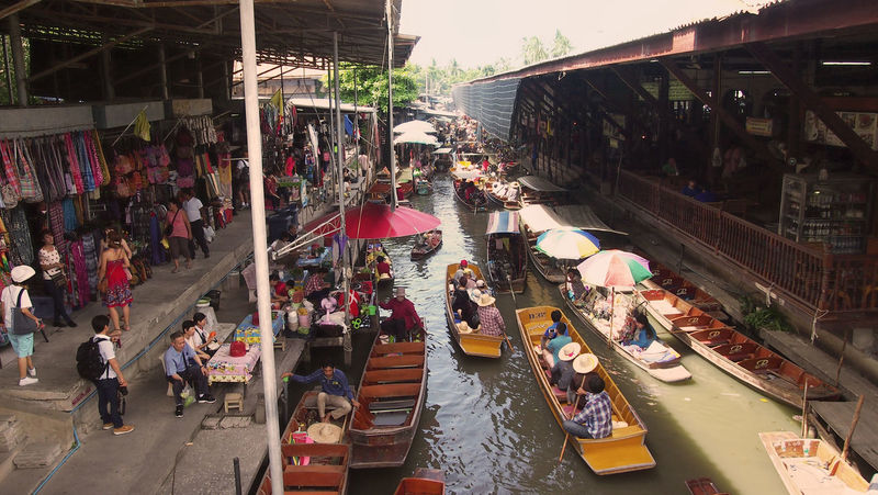 visiting the Damnoen Saduak Floating Market near Bangkok ASIA Backpacking Damnoen Saduak Floating Market South East Asia Thailand Tourist Attraction  Travel Traveling Wanderlust Architecture Building Exterior Built Structure City Consumerism Crowd Damnoen Saduak Day Floating Market Large Group Of People Market Men Near Bangkok Outdoors People Real People Retail  Store Thailand_allshots Thailandtravel Tourism Travel Destinations Women