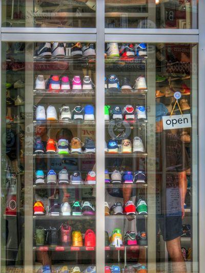 Afternoon Walk Sneekers Colorful Shopwindow Sibuya Gradation Style
