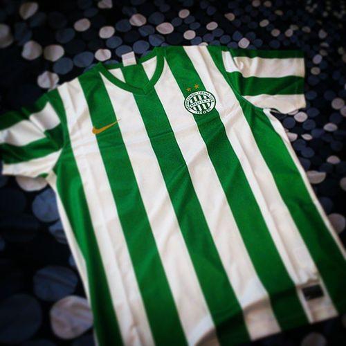 New arrival!!! ♥🙌⚽ ⓕⓔⓡⓔⓝⓒⓥⓐⓡⓞⓢ⭐⭐ Ferencváros FTC  Hajrafradi Fradi Zöldfehér New Homekit Uj Mez Hazai Mennyei Nike Kit Football Soccer Hungary Green White 1899