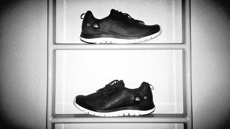 ポンプフューリー モノクロ リーボック Reebok First Eyeem Photo Blackandwhite IPhoneography