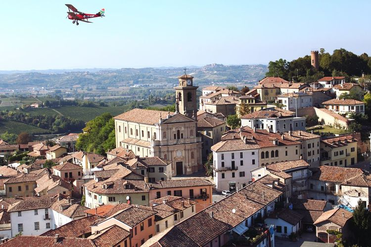 Tigermoth Flying Vintage Aircraft Italy🇮🇹 Terracotta Rooftiles Terracotta Church Church Tower Clock Tower Clock Architecture Sky Day African Abroad Technology I Can't Live Without Flight EyeEmNewHere Built Structure EyeEmNewHere