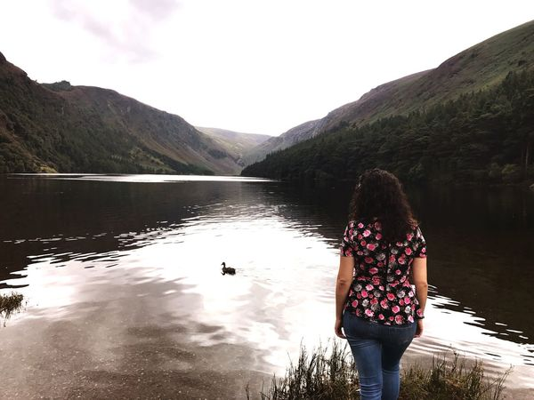 Rear View Water Lake One Person Real People Mountain Young Adult Standing Casual Clothing Leisure Activity Day Young Women Nature Outdoors Tranquility Scenics Beauty In Nature Lifestyles Women Full Length Ireland Duck Cloud - Sky Mountain Range Landscape