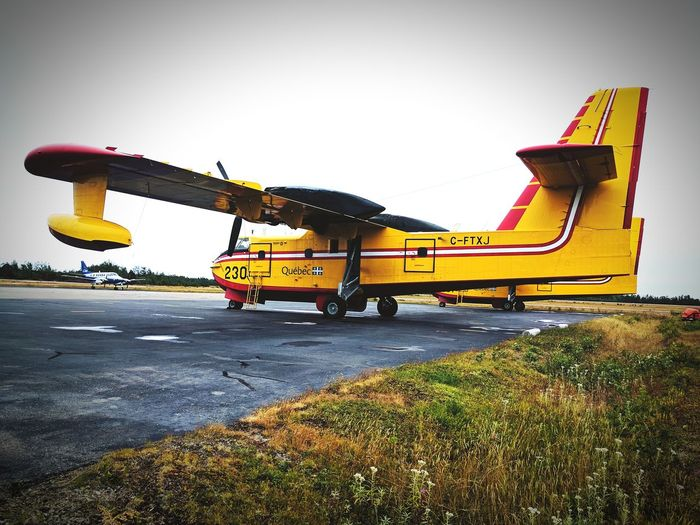Plane Fireplane CL-415 Aviation Aviationphotography Aviationlovers Planeslover Firefighter Quebec Québec Canada Canadair Canadair CL-415 Canadair CL215