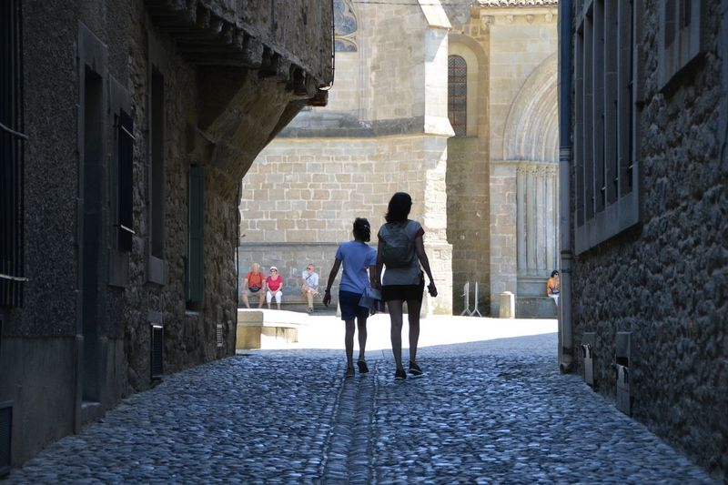 Walking in Carcassonne Travel Art Architecture Castle History Travel Destinations Place Of Worship Tourism EyeEm Selects Architecture Women Two People Rear View Built Structure Adult Building Exterior Walking Full Length Togetherness Lifestyles Leisure Activity People The Way Forward EyeEmNewHere A New Beginning International Women's Day 2019