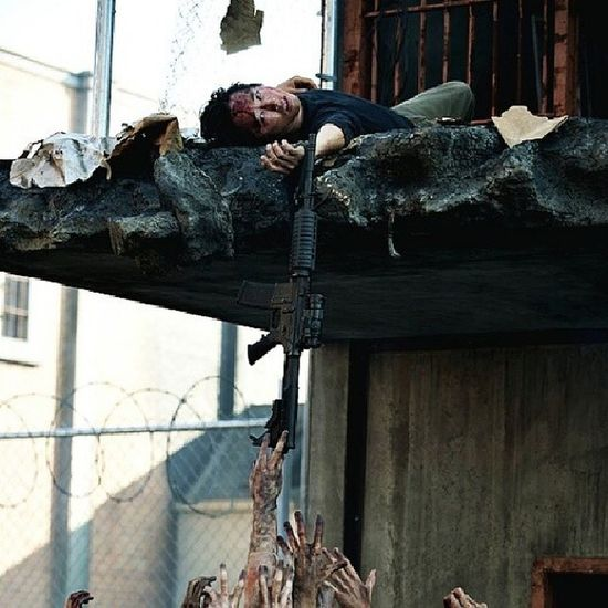 I'm so happy to see you again glenn! Walkingdead Favoritecharacter Glenn AMC thebest @steveyeun