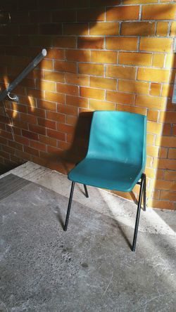 Chair No People Office Chair Indoors  Day Seat Bright стул Sunlight Entryway Wales UK Vintage Victorian Buildings Entrance Architecture Chair Newtown Powys Turquoise свет Doorway дверь Door Indoors  Tiles Golden Hour