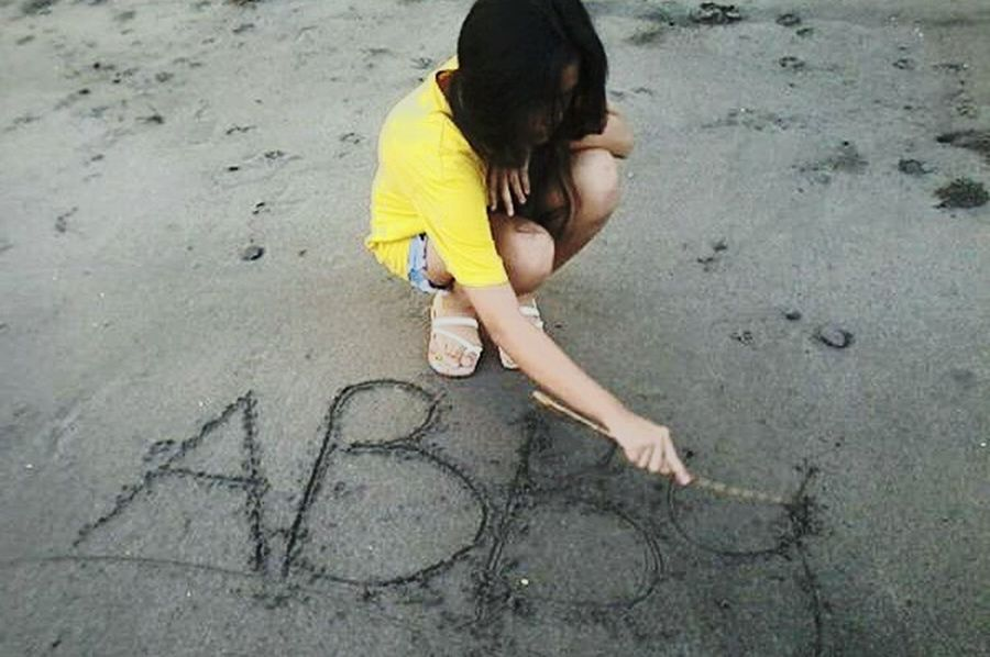 That's Me Sand Writing On The Sand Beach Nickname Yellow Taking Photos Check This Out Stick Hair