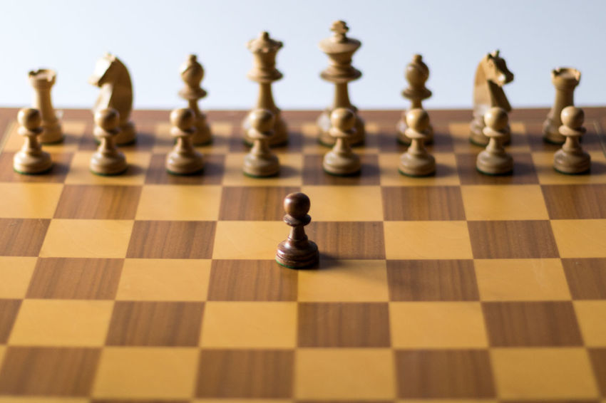 Check 1 Alone Life Revolution Schach Axvo Bauer Board Game Challenge Chess Chess Board Chess Piece Close-up Competition Game Indoors  Intelligence No People One Vs All Pawn Pawn - Chess Piece resist Shadows Sport Strategy Studio Shot