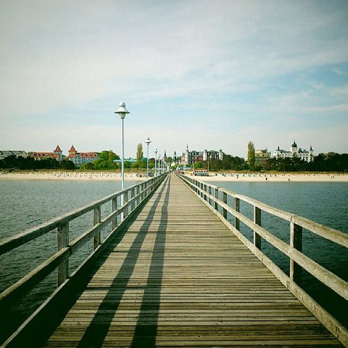 Blick von der Seebrücke Richtung Zinnowitz Usedom Zinnowitz Ostsee Balticsea