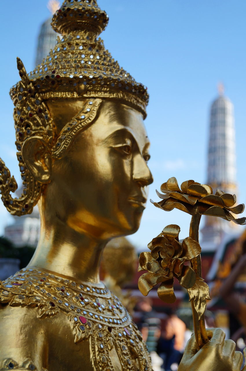 Close-Up Of Gold Statue At Wat Phra Kaeo