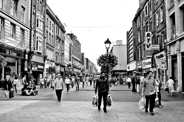 Bw_collection City City Life Cityscapes From My Point Of View Streetphotography Snapshots Of Life Welcome Weekly The Traveler - 2015 EyeEm Awards Followfriday B_w Collection Black & White B_w Urbanphotography Urban Life B&w Street Photography