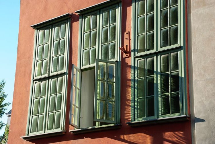 Terracotta Danzig Poland Gdansk Historic Old Façade Morning Light Architecture Built Structure Window Building Exterior Building Day No People Glass - Material House Sunlight Outdoors Low Angle View Wall - Building Feature Glass