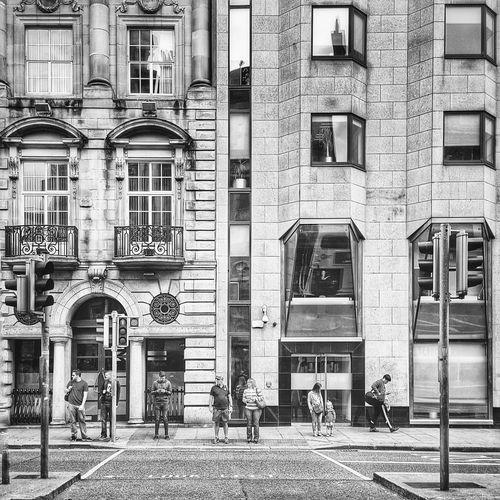 Window Architecture Building Exterior Built Structure City Outdoors Ireland Travel Destinations Travel Dublin, Ireland Dublin Streetphotography City Architecture City Life People Blackandwhite Black & White Black And White Mobilephotography Samsung Mobilephoto