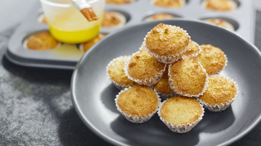 Coconut Macaroons Coconut Coconut Macaroons Dessert Desserts Homemade Macarons Macaroons Philippines Baked Baking Coconut Macaroon Filipino Food Food Food And Drink Food Photography High Angle View Macaroon No People Pastry Pinoy Food Recipe Sweet Food Temptation Top View Tray