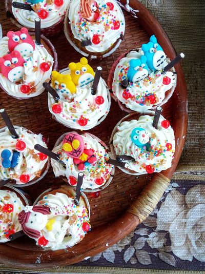 Design of candy cakes for sale in bakery shop Wooden Basket For Sale Cute Interesting Cakes Thai Snack Flat Lay Sweet Bakery Design Decoration Arrangement Multi Colored High Angle View No People Sweet Food Directly Above Indoors  Close-up Dessert Food Ready-to-eat Freshness Day