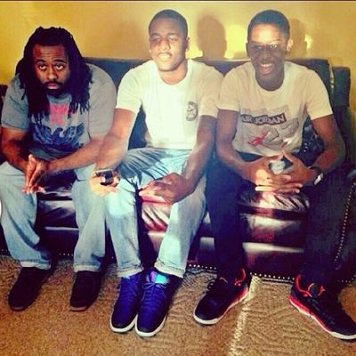 Chillin woth the fam @_mr_swoosh @businessman_ooo