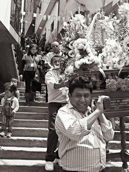 Fiesta en honor a la Virgen del Rosario Hello World Lima-Perú Religion