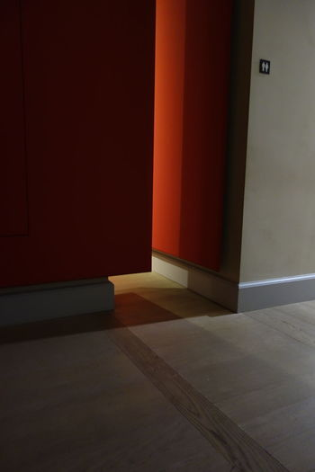Interno Absence Architecure Closed Corridor Details Domestic Room Doorway Empty Flooring Gloom Illuminated Internal No People Pass Passage Red Wall
